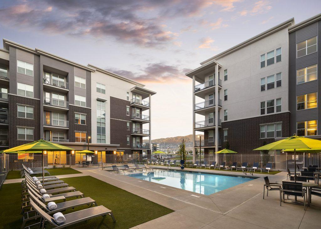 Wasatch-Veranda Apartment Building Pool Area