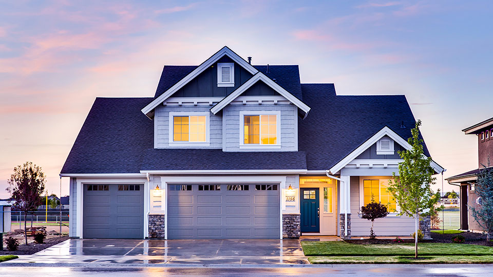 Why Single-family Houses Make Better Investments Than Apartment Buildings
